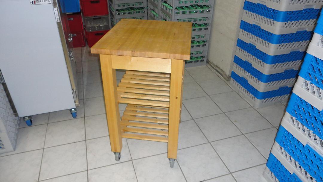 location mobilier et d coration mariage location table chaise clairage parasol. Black Bedroom Furniture Sets. Home Design Ideas