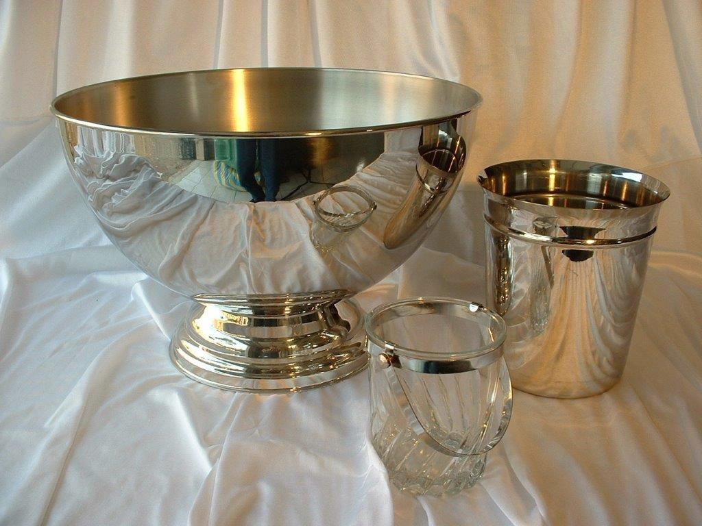 location vaisselle r ception plats verres couverts assiettes pour mariage banquet. Black Bedroom Furniture Sets. Home Design Ideas